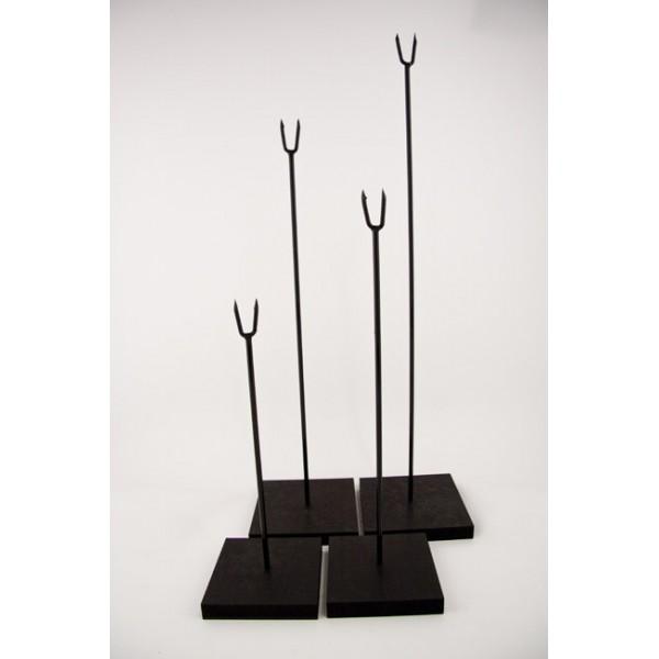 socle pour masque bois. Black Bedroom Furniture Sets. Home Design Ideas