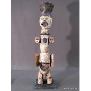 African statue Ikenga Igbo