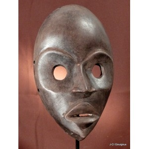 Mask Gunyeya Dan