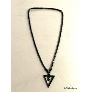 Necklace hématite of Cameroon
