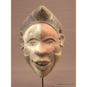 Kongo mask R.D.C.