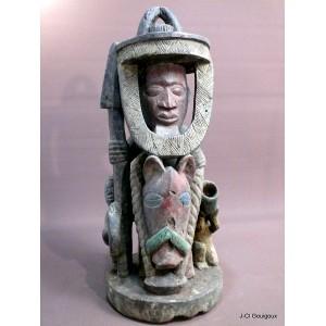 Yoruba House Post